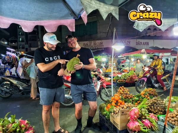 SAIGON CITY TOUR  – NIGHT VIETNAMESE FOOD WALKING TOUR