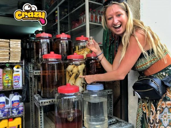 SAIGON CITY TOUR  – NIGHT VIETNAMESE CRAZY FOOD MOTORBIKE TOUR