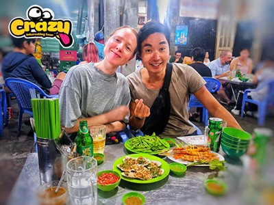 SAIGON CITY TOUR  – NIGHT VIETNAMESE FOOD MOTORBIKE TOUR